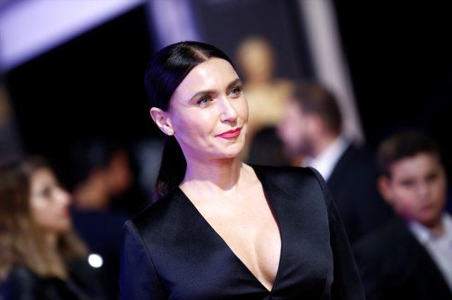 Altın Portakal Film Festivali'nde kırmızı halıda ünlüler geçidi!