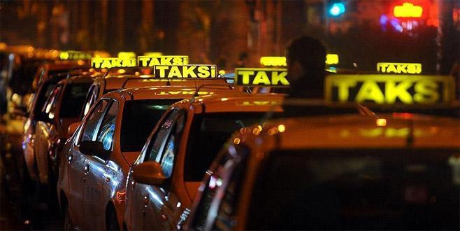 Genç kadın şoku yaşadı taksici güpe gündüz