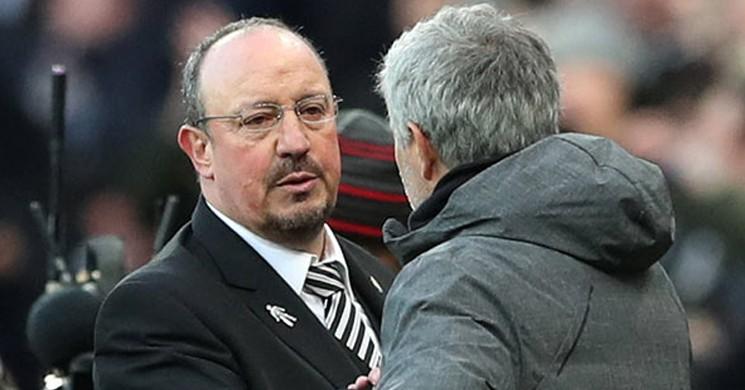 Mourinho Yaptı Yine Yapacağını! Liverpool'a Salvolar