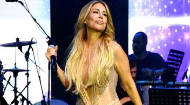 Şarkıcı Linet, kalça dansıyla izleyenleri mest etti